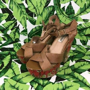 5 for $25 Steve Madden Brown Strappy Floral Heels